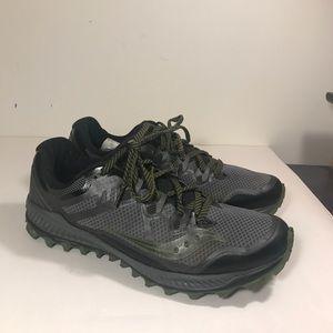 Saucony peregrine running shoe